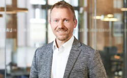 Stephen Nundy is the chief technology officer and a partner at Lakestar